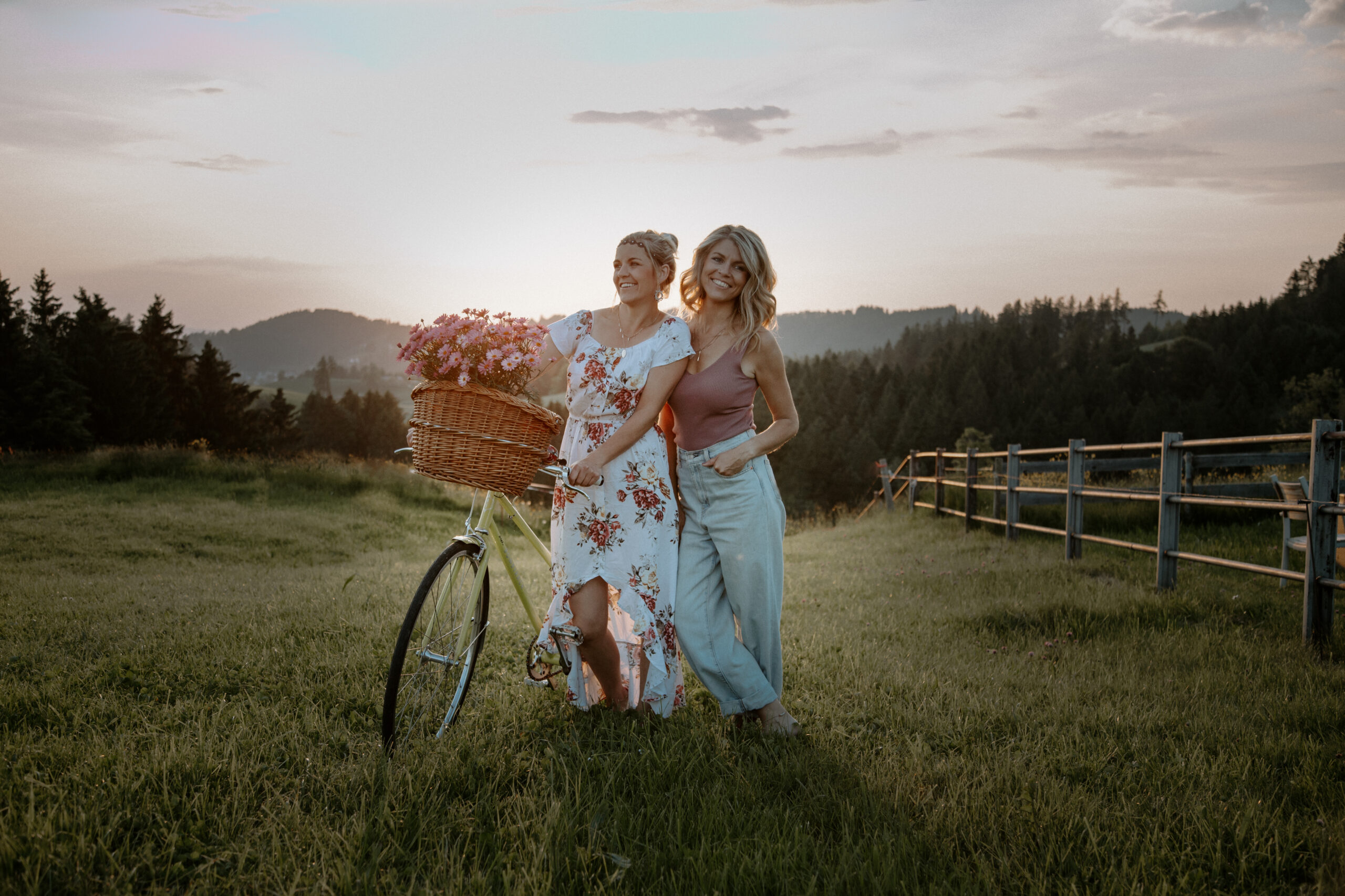 Enderlin Chicks, Swiss Folk, Country, Appenzeller